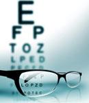 عینک بهتر است یا لنز چشم؟