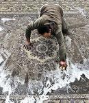 توصیه می شود شستشوی فرش را به شرکتهای معتبر قالیشوئی بسپارید